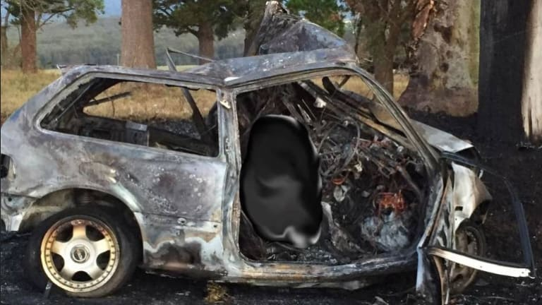 A photo of the incinerated car on Cleveland Road, Dapto.