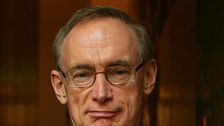Cutting costs ... former premier Bob Carr spent $100,000 less in expenses in 2009 than the previous year, but still rang up a bill of more than $326,000.