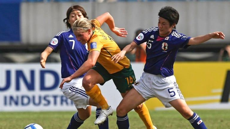 Japan's Yukari Kinga, right, has signed with Canberra United.