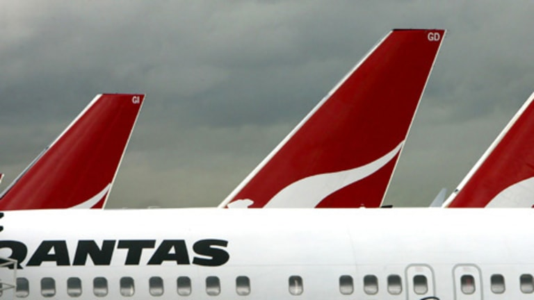 qantas dispute Australian airline qantas grounded all its aircraft saturday in response to a labor dispute, in a step that will disrupt travel for thousands of people.