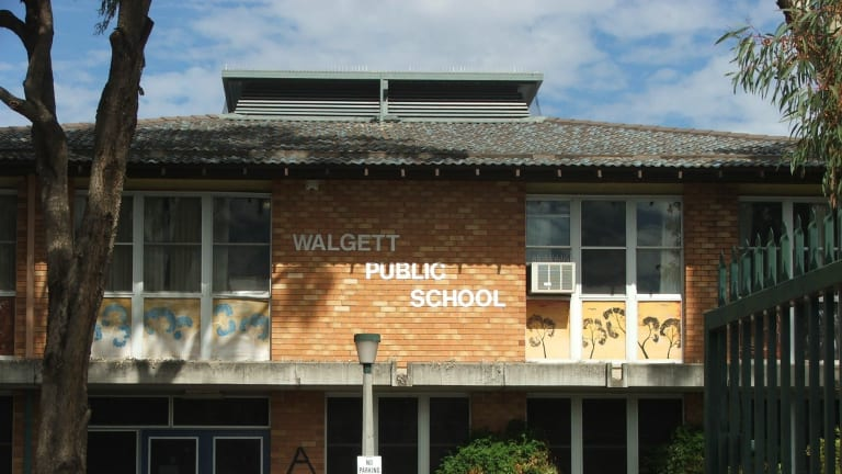 "Walgett's high school's problems are ""no surprise"", the shire's mayor says."