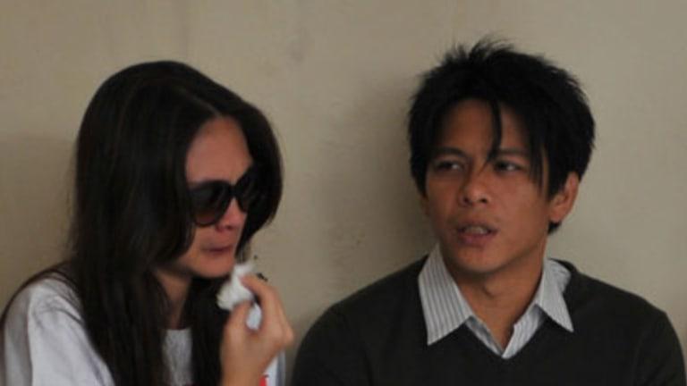 "Trial ... Nazril ""Ariel"" Irham and his girlfriend, Luna Maya, yesterday."