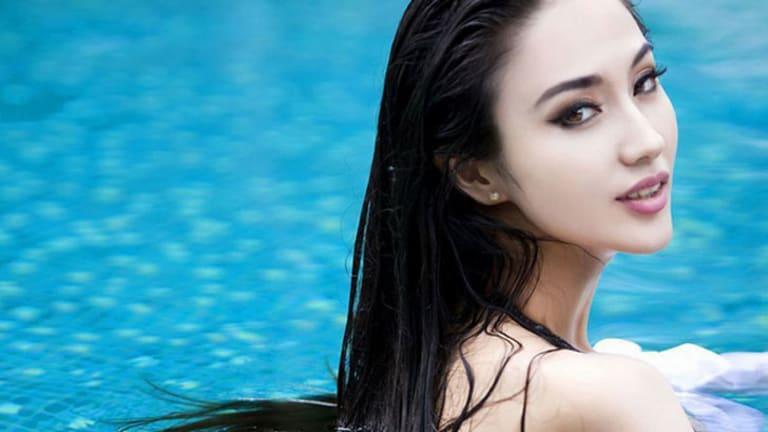 Chinese actress Lan Yan in a bikini photoshoot featured on news website, xinhuanet.com.