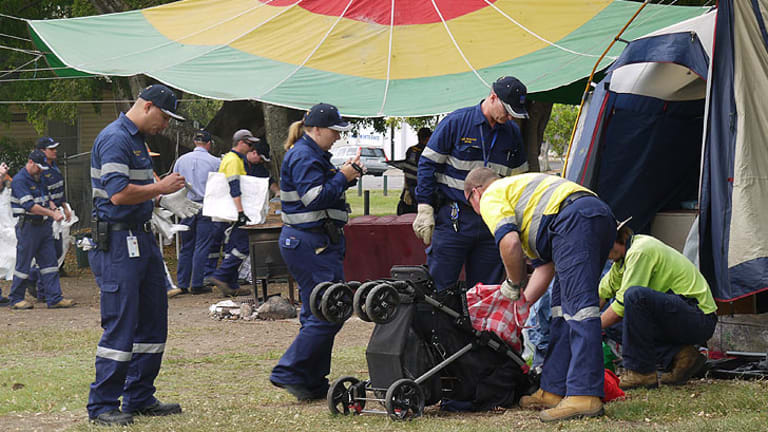 Council's rapid response team cleans up the tent embassy at Musgrave Park .