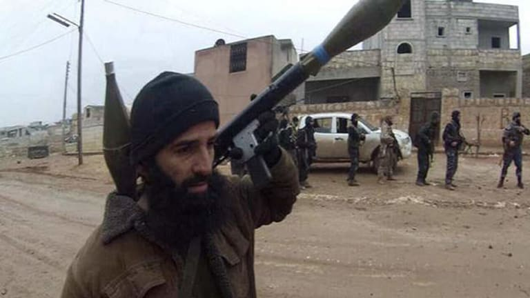 An image taken from Twitter claiming to be Mohammad Ali Baryalei fighting with Islamic State.