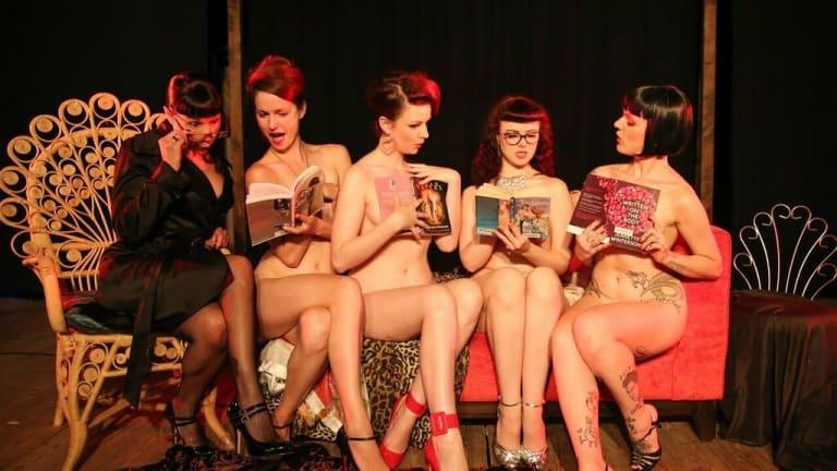 Naked Girls Reading: self-explanatory.