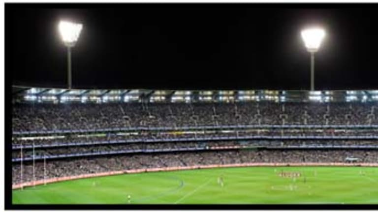 The first Preliminary Final Geelong v Collingwood, 2007 drew 98,002 fans.