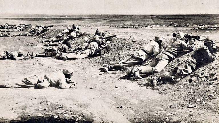 Turkish gunmen in action during World War 1.