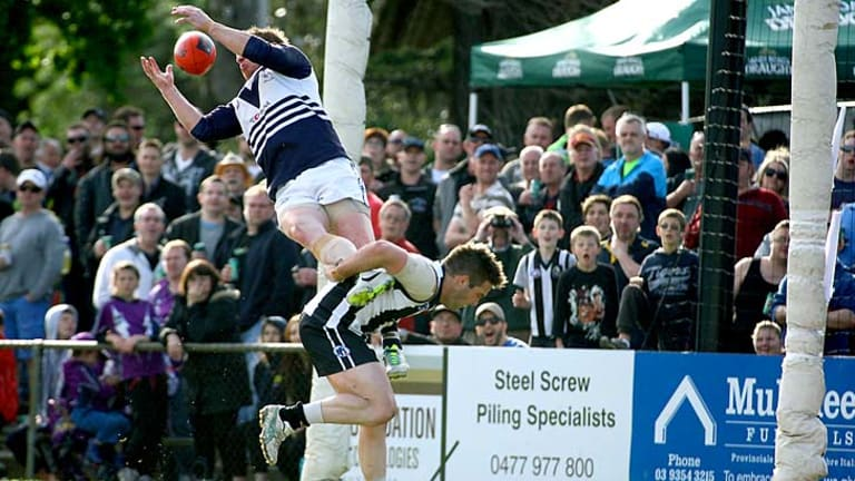 Gary Moorcroft takes a classic in the Northern League grand final.