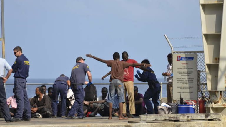 Both Labor and the new Coalition government are claiming credit for a reduction in asylum seeker boat arrivals.
