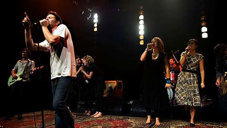 Bernard Fanning, Clare Bowditch, Missy Higgins and band perform a version of the David Bowie hit, Heroes.