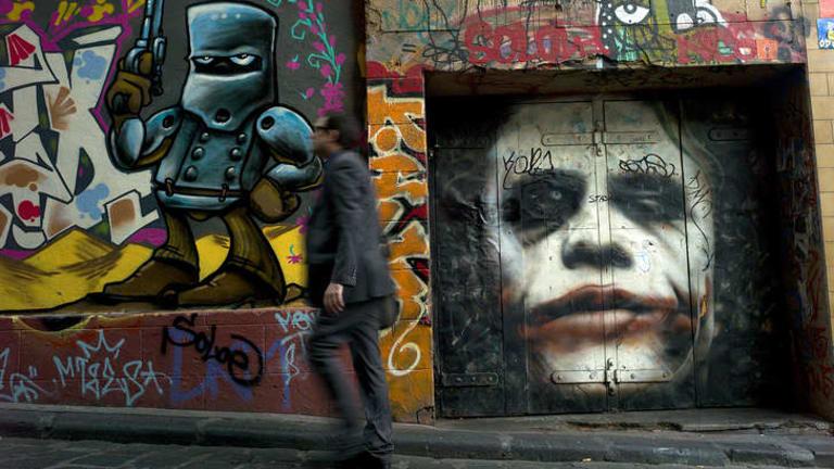 Street art and graffiti can be seen at Hosier Lane, off Flinders lane in Melbourne.