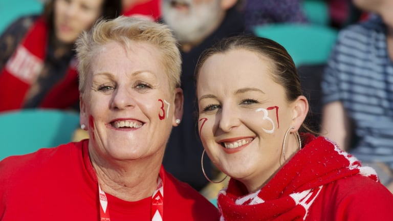 Fans turn out to support Adam Goodes.