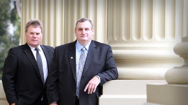 Geelong's Rod Macdonald, left, compared broadband notes with Chattanooga's Mark Keil, right. Photo: The Geelong Advertiser/Glenn Ferguson