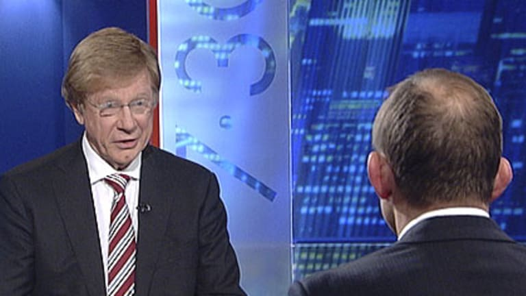 Kerry O'Brien puts the heat on Tony Abbott on the <I>7:30 Report </i>during the federal election campaign.