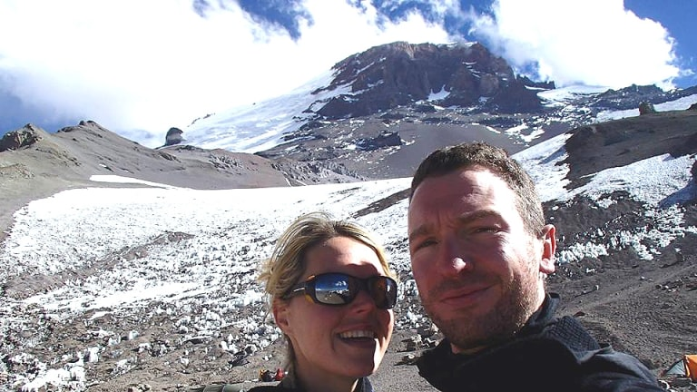 Maria Strydom, who died on a climb to the summit of Mount Everest, with her husband, Robert Gropel.
