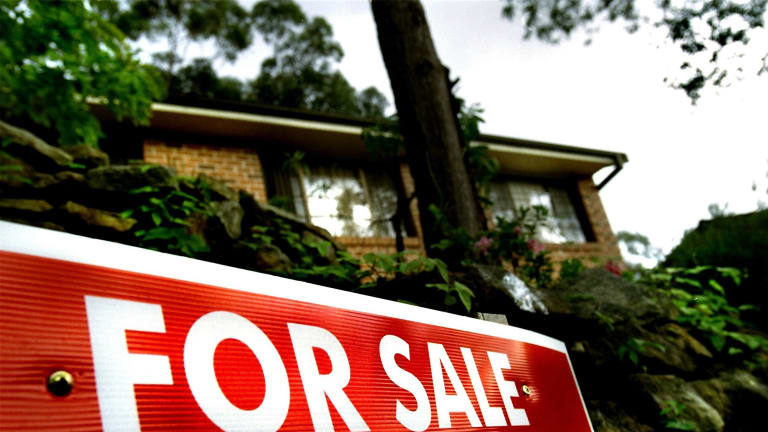 Lenders competing for property buyers by sweetening offers.