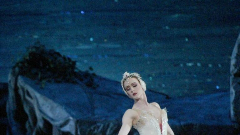 ABT principal ballerina Gillian Murphy in Swan Lake 4