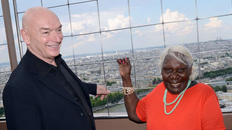 Aboriginal artist Lena Nyadbi poses with French architect Jean Nouvel in the Eiffel tower.