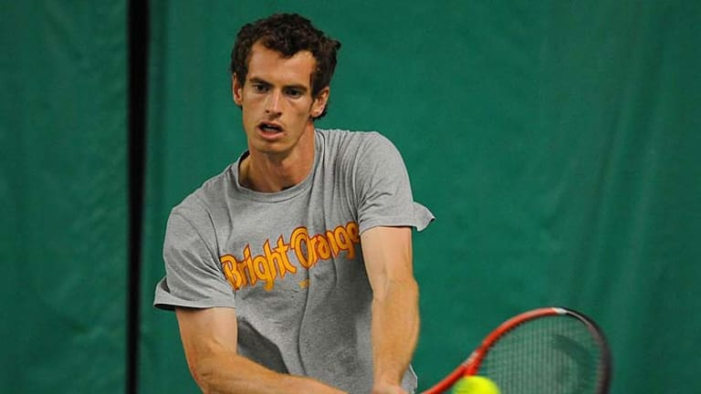 Andy Murray needs a coach who is full time, according to Andre Agassi.