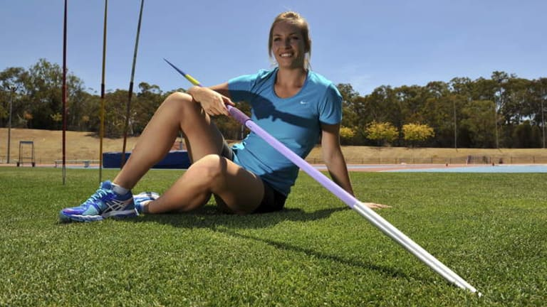 Javelin thrower Kelsey-Lee Roberts looks to have qualified for the Commonwealth Games after having an initial A-qualifier scrapped on a technicality.
