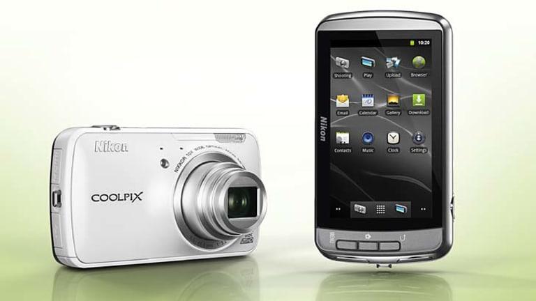 Nikon Coolpix S800c.