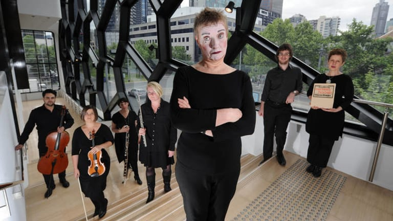 Singer Merlyn Quaife with her chamber music ensemble for <i>Pierrot Lunaire</i>.