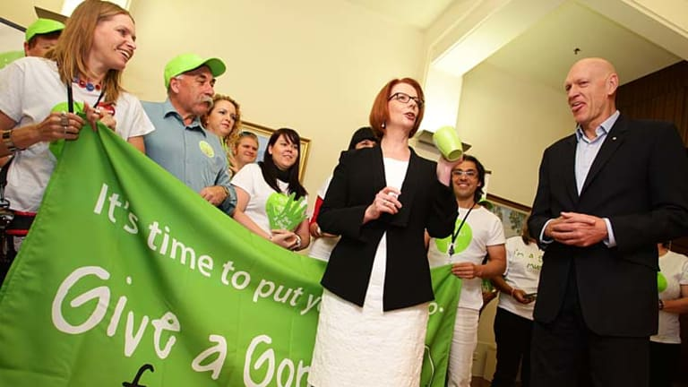 At the threshold of one of the most important education reforms: Prime Minister Julia Gillard and School Education Minister Peter Garrett.