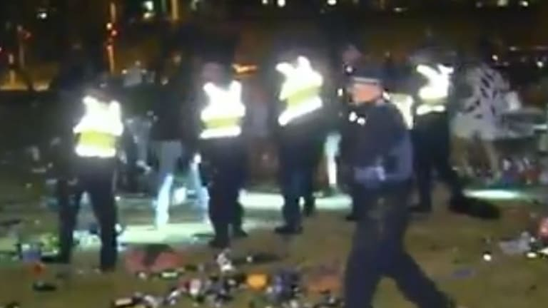 Police called for back-up to help disperse crowds on Christmas night in St Kilda.