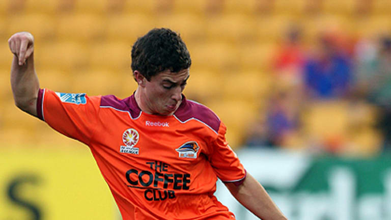 Tommy Oar kicks the ball during the round three A-League match between the Brisbane Roar and the Wellington Phoenix in August.