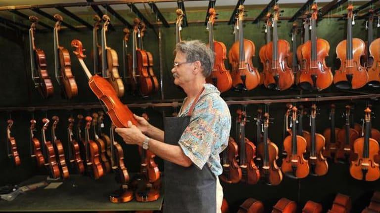 Research backs Melbourne violin maker John Ferwerda's belief that new instruments can be better than old ones.