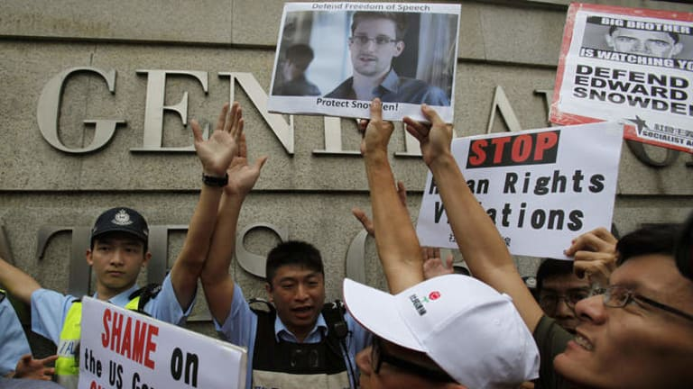 Backing: A show of support outside Hong Kong's US consulate.
