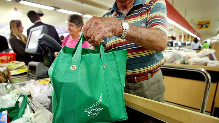 Does using a recyclable bag matter more than what you put in it?