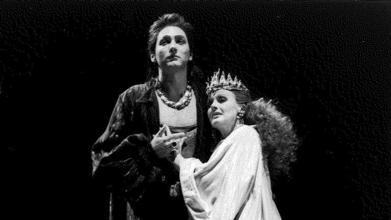 Eilene Hannan as Poppea and Rodney Gilchrist as Nerone in <i>L'Incoronazione di Poppea</i>.