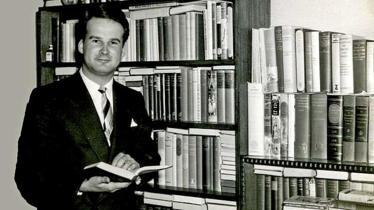 Robert Ewins: An outstanding teacher of his generation.