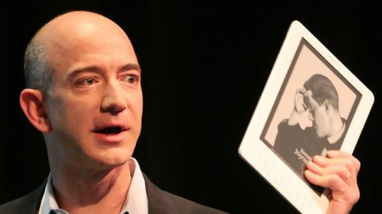 Jeff Bezos, CEO of Amazon.com, introduces the Kindle DX at a news conference.