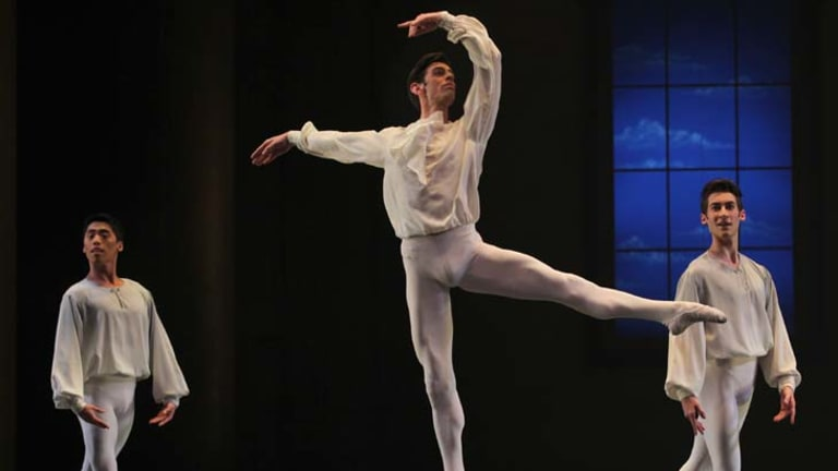 The Australian Ballet perform <i>Beyond Bach</i>, part of Stephen Baynes' <i>Elegy</i>, a double bill at the State Theatre.