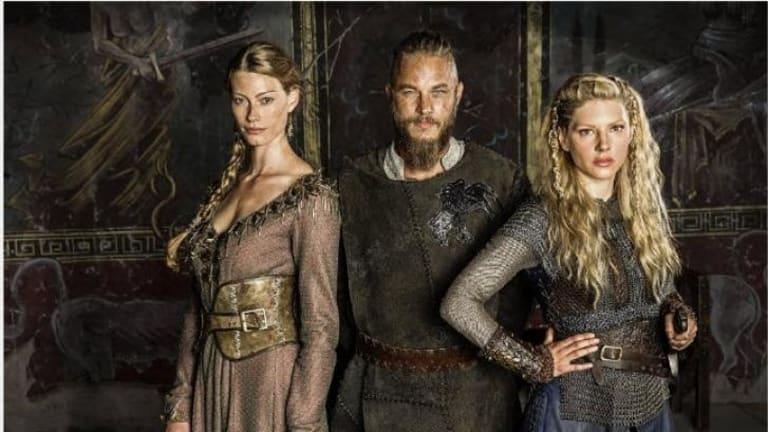 Alyssa Sutherland as Queen Aslaug, Travis Fimmel as King Ragnar and Katheryn Winnick as Queen Lagertha.