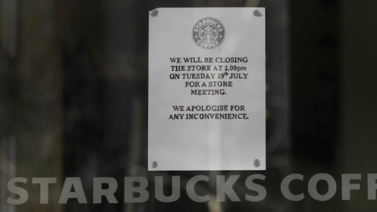 Starbucks Coffee shops closed down at 2pm today for management meeting on the future of stores in Melbourne.