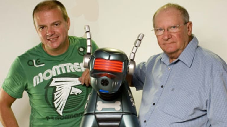 Paul Tams, K9 and Bob Baker. The new K9 series has been shot in Brisbane.