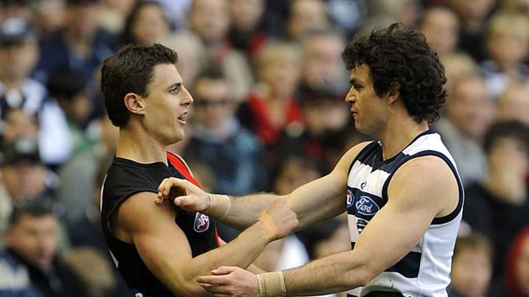 Matthew Lloyd and Scarlett size each other up in Round 9 of the 2009 season.