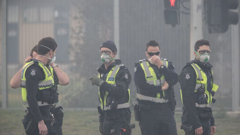 The thick smoke made the going difficult for police.