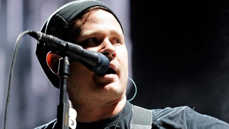Blink-182 singer/guitarist Tom DeLonge denies quitting the band.