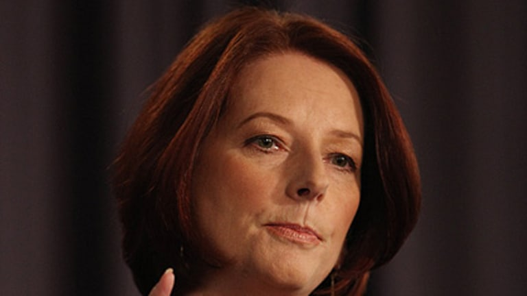 Julia Gillard ... apologised to Alan Jones for being late.