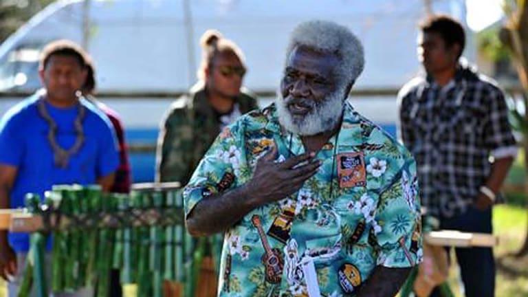 Chief David Richard Fandanumata speaks at the dedication of gravesites on the Courtice farm.