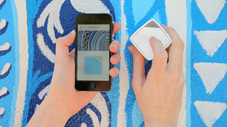 The SwatchMate app and cube.