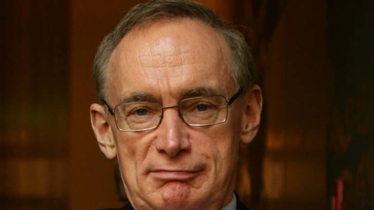 Senator Carr says his PNG comments were  ''misunderstood and used out of context'' .