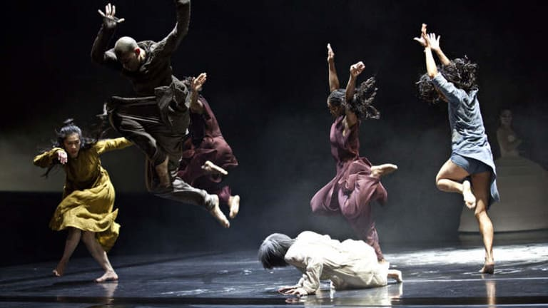 Confronting: The Akram Khan Company.