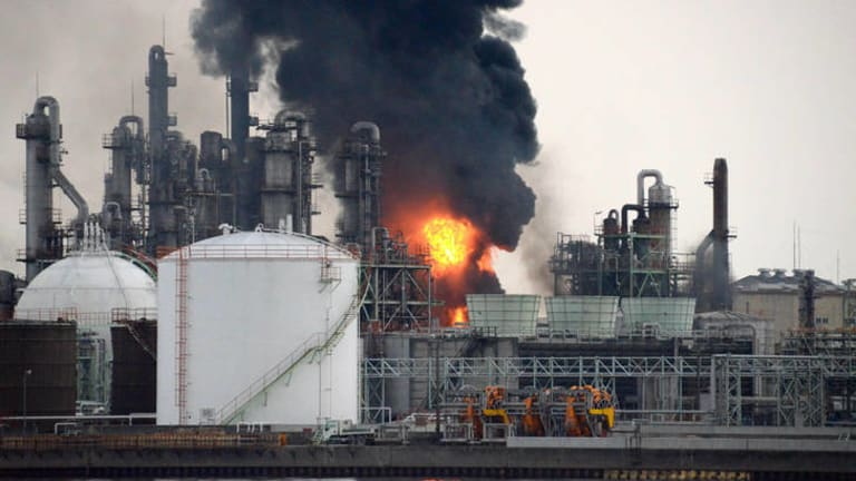 Black smoke rises from burning flames at a Nippon Shokubai Co. chemical plant in the coastal industrial area of Himeji, about 600km west of Tokyo.