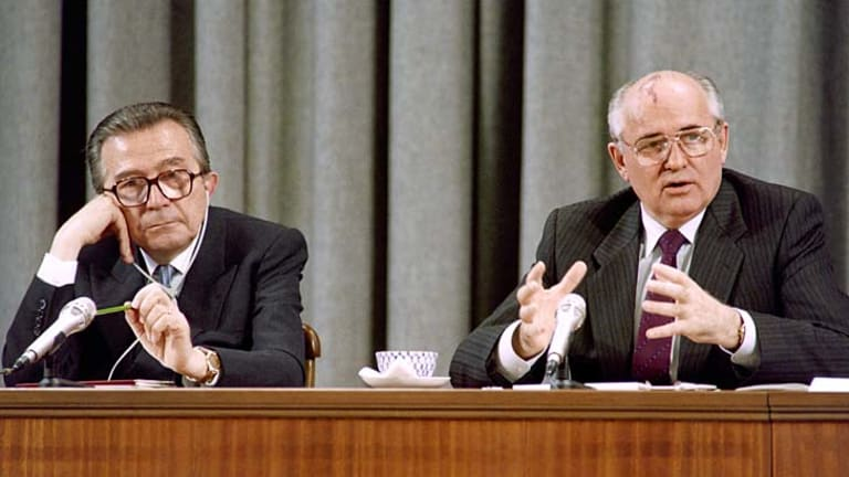 Andreotti with then Russian president Mikhail Gorbachev in 1991.